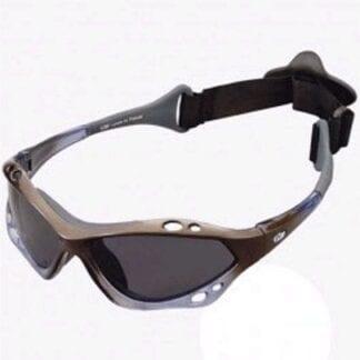 Solglasögon Gill Racing grå